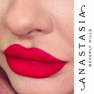 💋ABH Limited Edition Liquid Lipstick